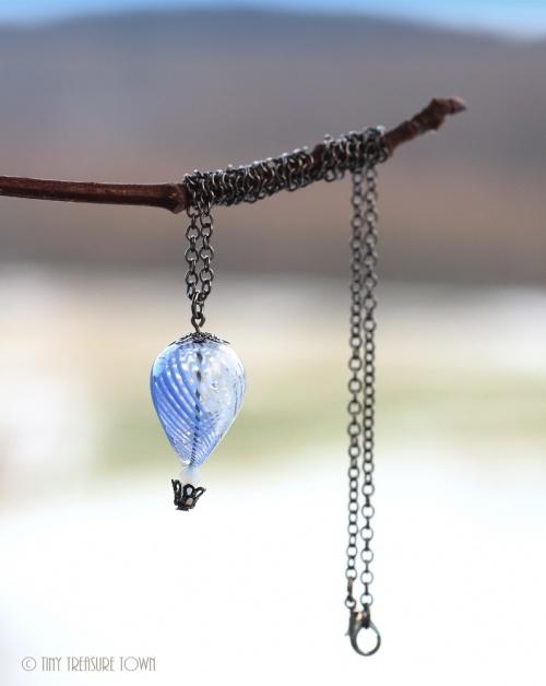Heißluftballon Halskette Gunmetal Blau Weiß Transparent-31