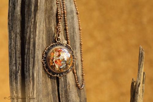 Magische Flöckchen Kette Metallisch bunt und kupferfarben Halbkugel in Ornamentfassung-31