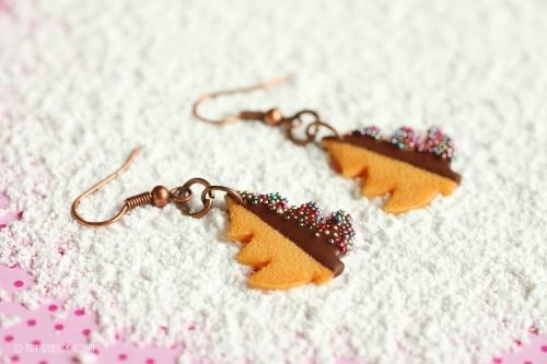Handgemachte Keks Ohrringe Tannenbäume zartbitter-31