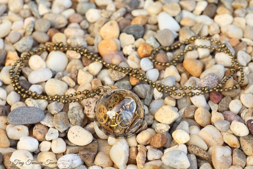 Zeit im Glas Kette Halbkugel bronzefarben-31