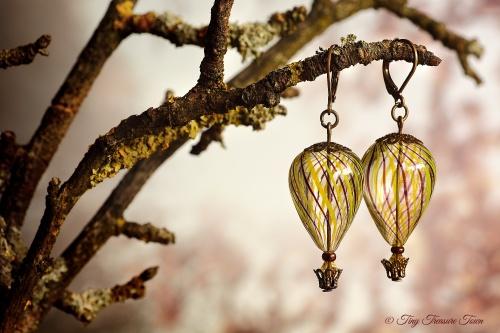 Heißluftballon Ohrringe - Bronze Schwarzlila Gelb Transparent