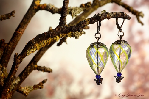 Heißluftballon Ohrringe - Gunmetal Gelb Dunkelblau Transparent