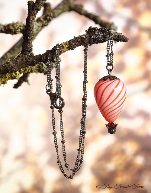 Heißluftballon Halskette - Gunmetal Weiß Rot