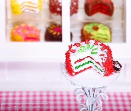 Fimo Torten Kette Erdbeere Limette Sahnecreme-31