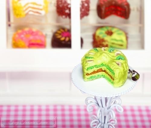 Fimo Torten Kette Banane Kiwi Haselnuss-31