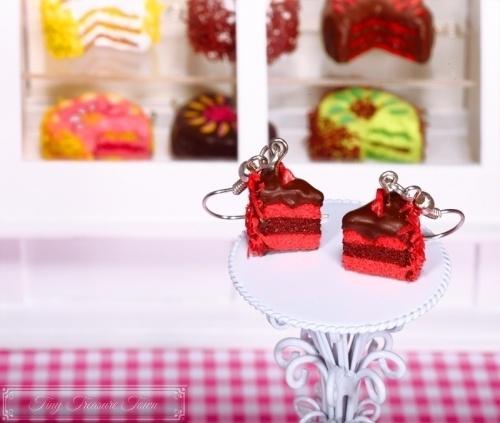 Fimo Torten Ohrringe - Erdbeere Zartbitterschokolade