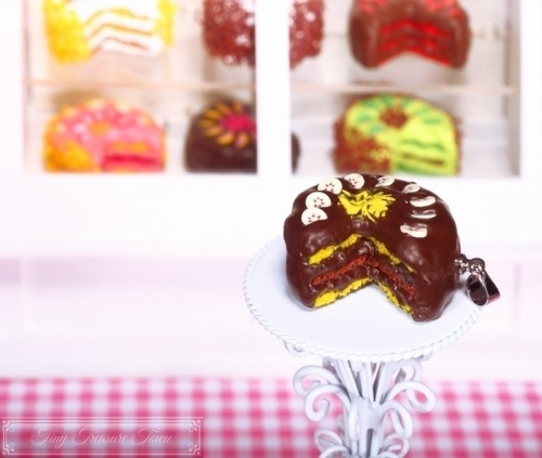 Fimo Torten Kette - Banane Zartbitterschokolade
