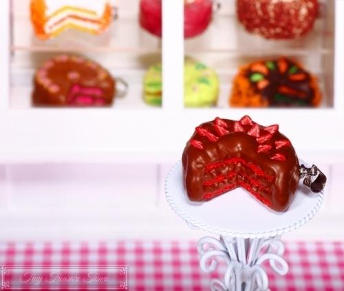 Fimo Torten Kette - Erdbeere Schokolade