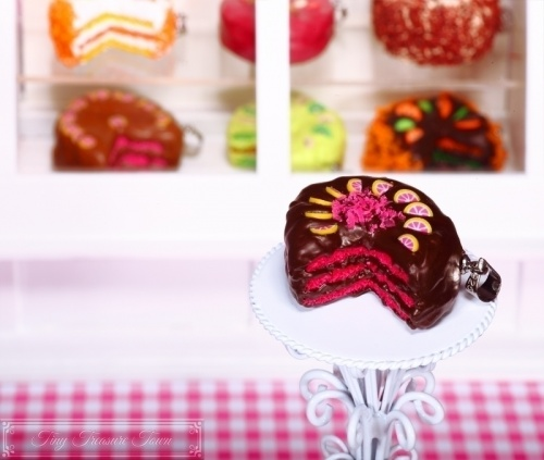 Fimo Torten Kette - Grapefruit Zartbitterschokolade