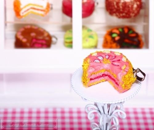 Fimo Torten Kette - Pitahaya Zitrone