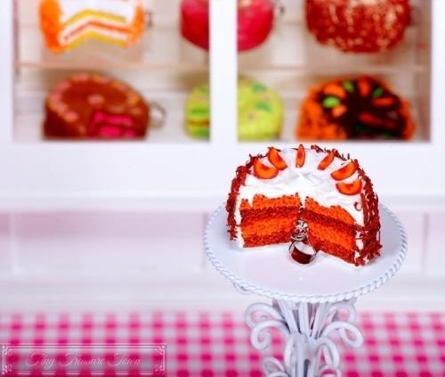 Fimo Torten Kette - Pfirsich Schoko Sahnecreme