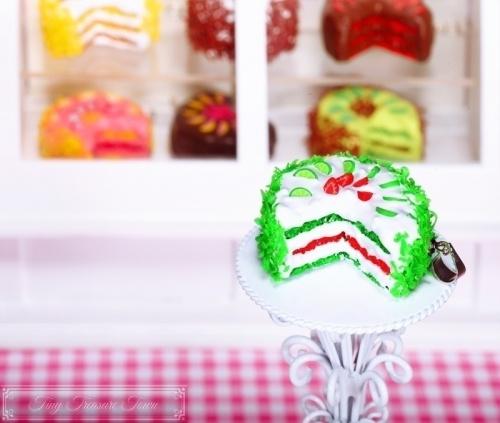 Fimo Torten Kette - Erdbeere Limette Sahnecreme