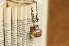 Magische Flöckchen Kette - Metallisch bunt und bronzefarben - Kugel