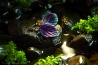 """Handgemachte """"Verzauberte Blätter"""" Ohrringe Dunkellila mit magischem blaugrünem Schimmer-01"""